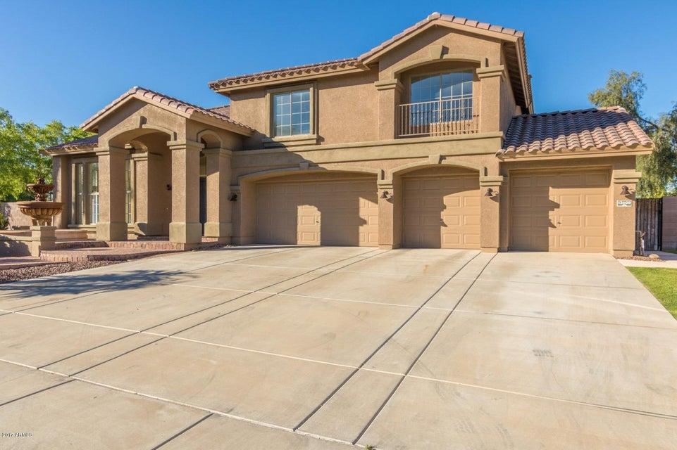 13608 W DENTON Street, Litchfield Park, AZ 85340