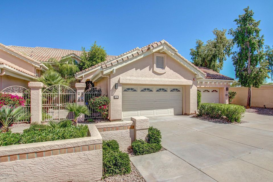 Photo of 10390 E LAKEVIEW Drive #201, Scottsdale, AZ 85258