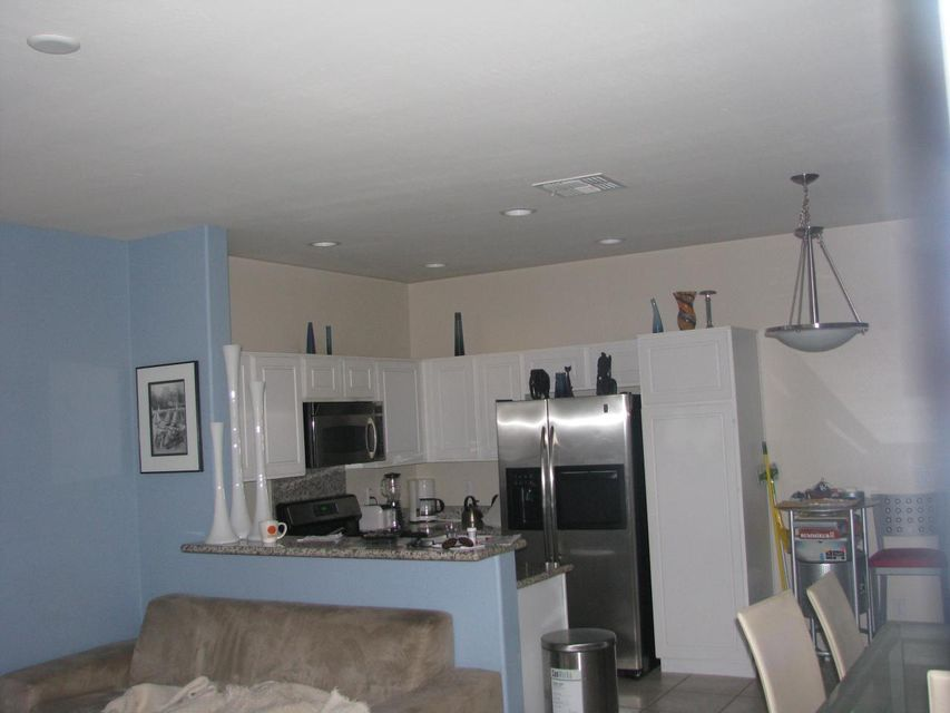 Photo 5 for Listing #5584255