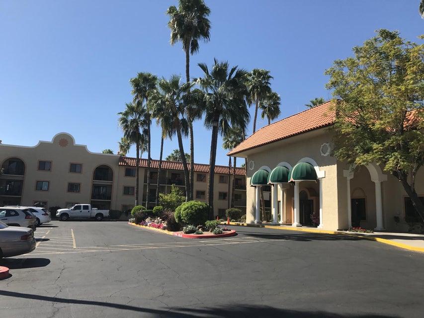 10330 W THUNDERBIRD Boulevard A209, Sun City, AZ 85351