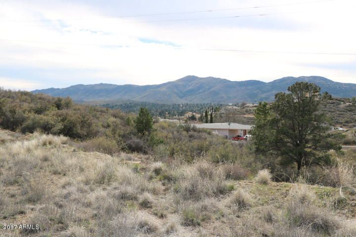 18122 S Peeples Valley Road, Peeples Valley, AZ 86332