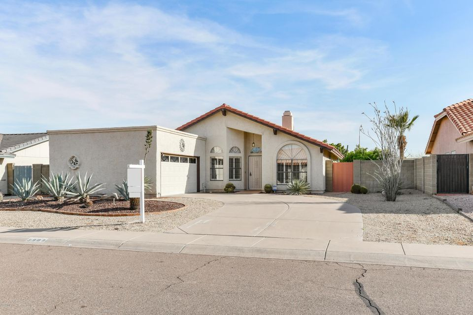 3909 E SHOMI Street, Phoenix, AZ 85044