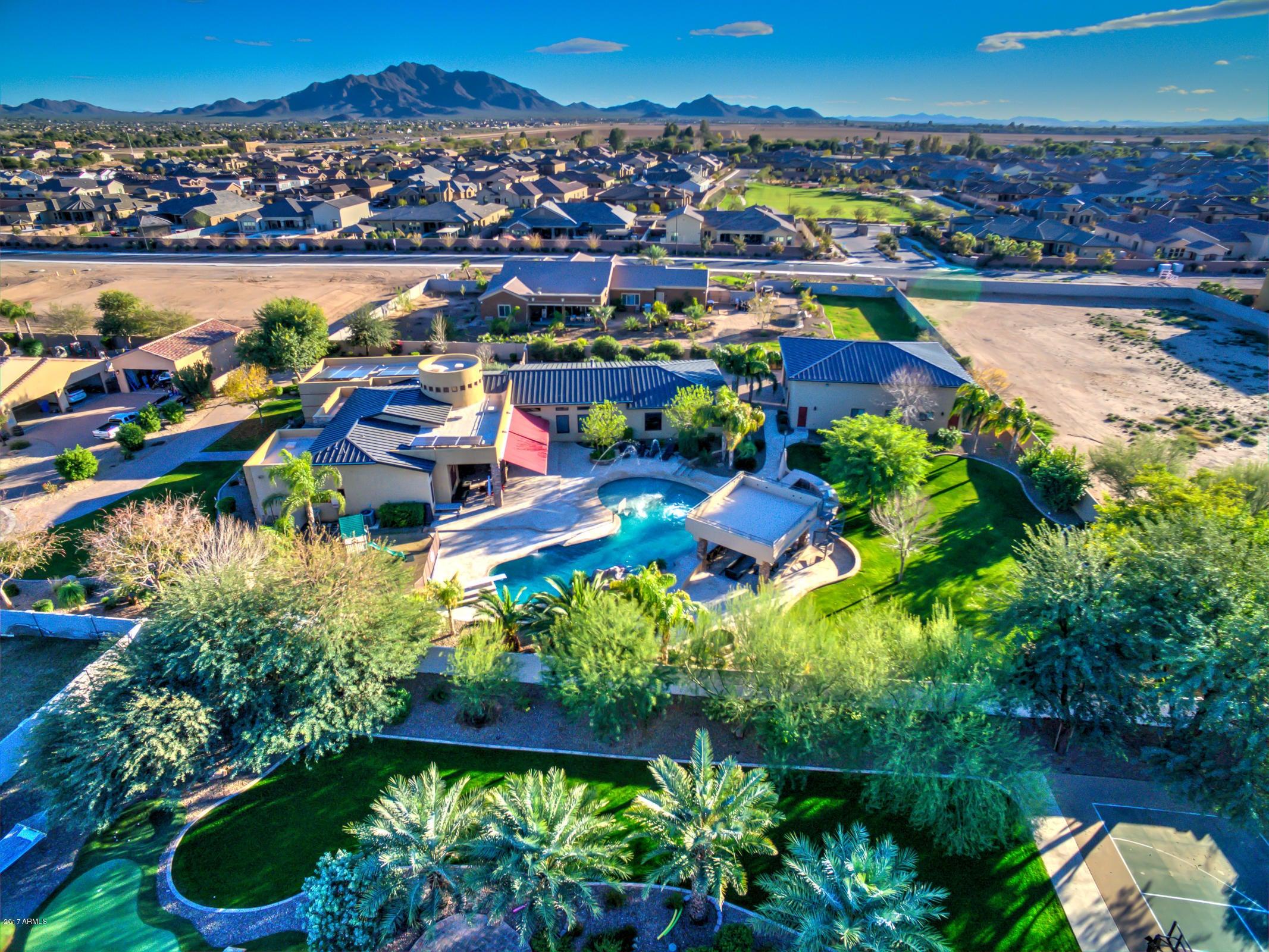 MLS 5577491 2239 E Bella Vista Court, Gilbert, AZ Gilbert AZ Private Pool