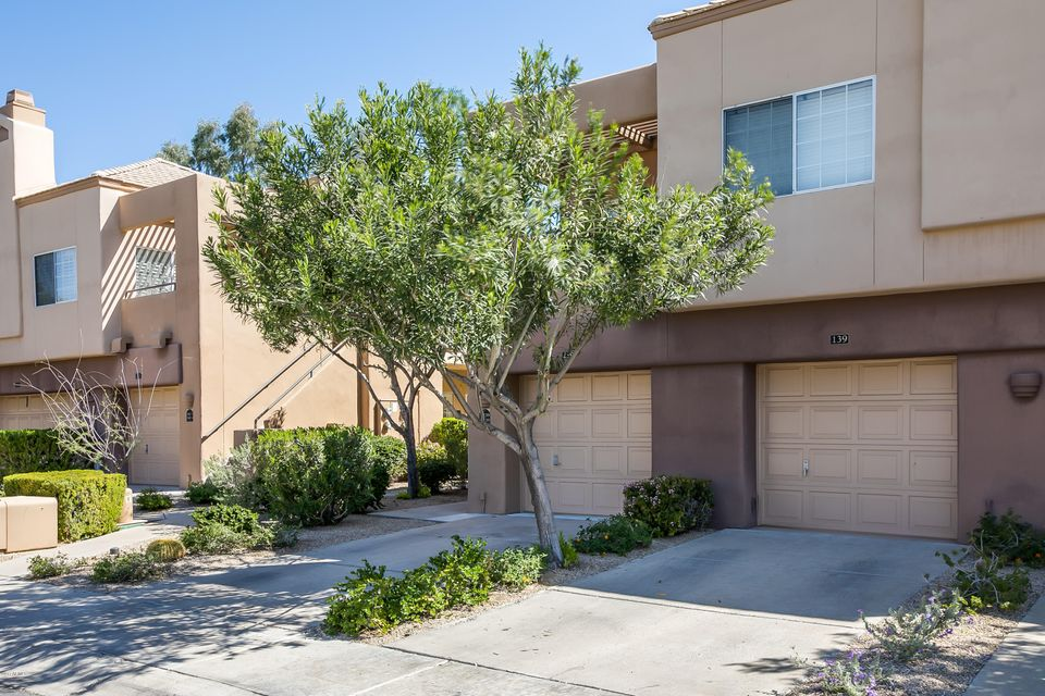 Gainey ranch condominiums enjoy gainey ranch for Living room gainey ranch