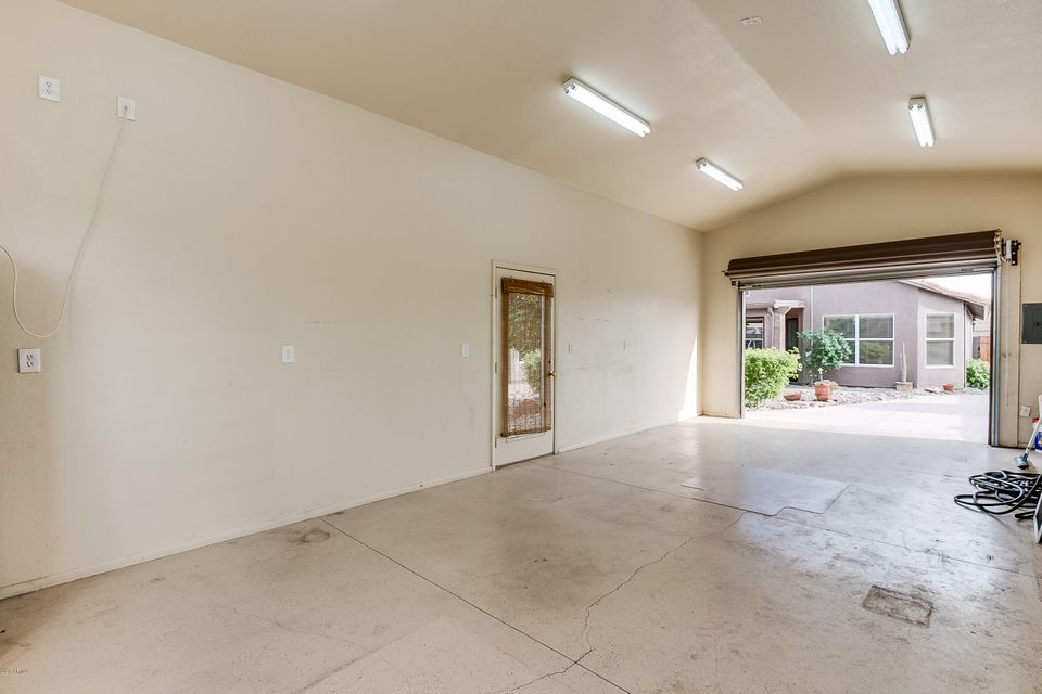 MLS 5579553 12418 W VERNON Avenue, Avondale, AZ 85392 Avondale AZ Private Pool