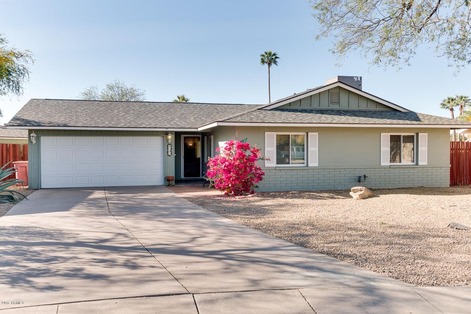 8607 E WHITTON Avenue, Scottsdale, AZ 85251