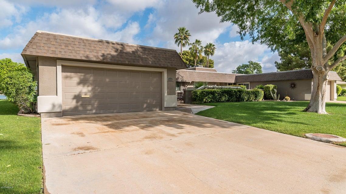 10016 W BOLIVAR Drive, Sun City, AZ 85351