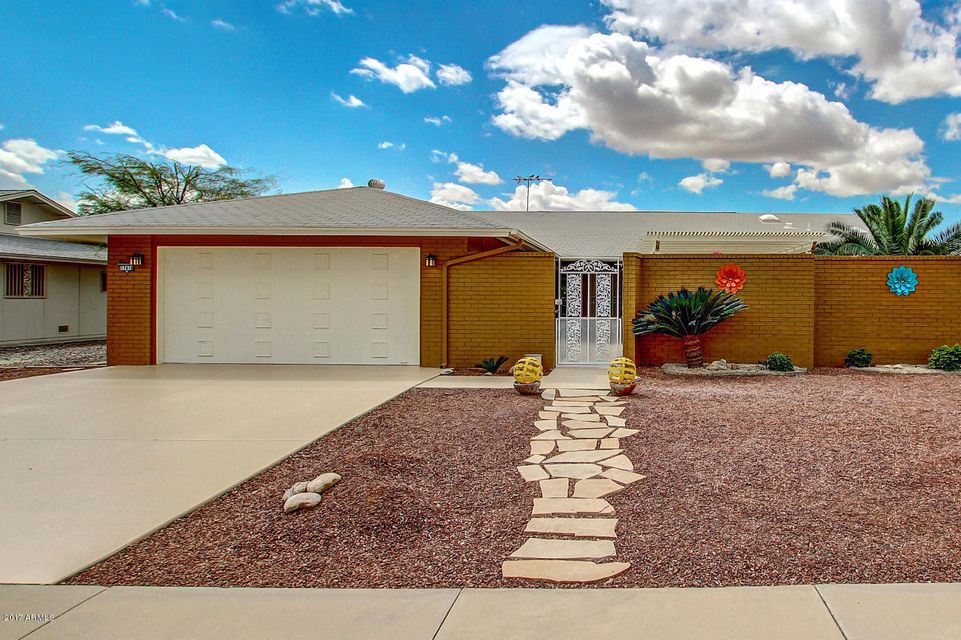 17410 N Hitching Post Drive, Sun City, AZ 85373