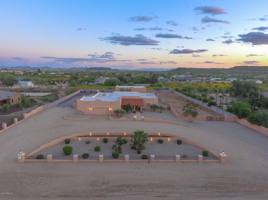 3135 W Oberlin Way, Phoenix, AZ 85083