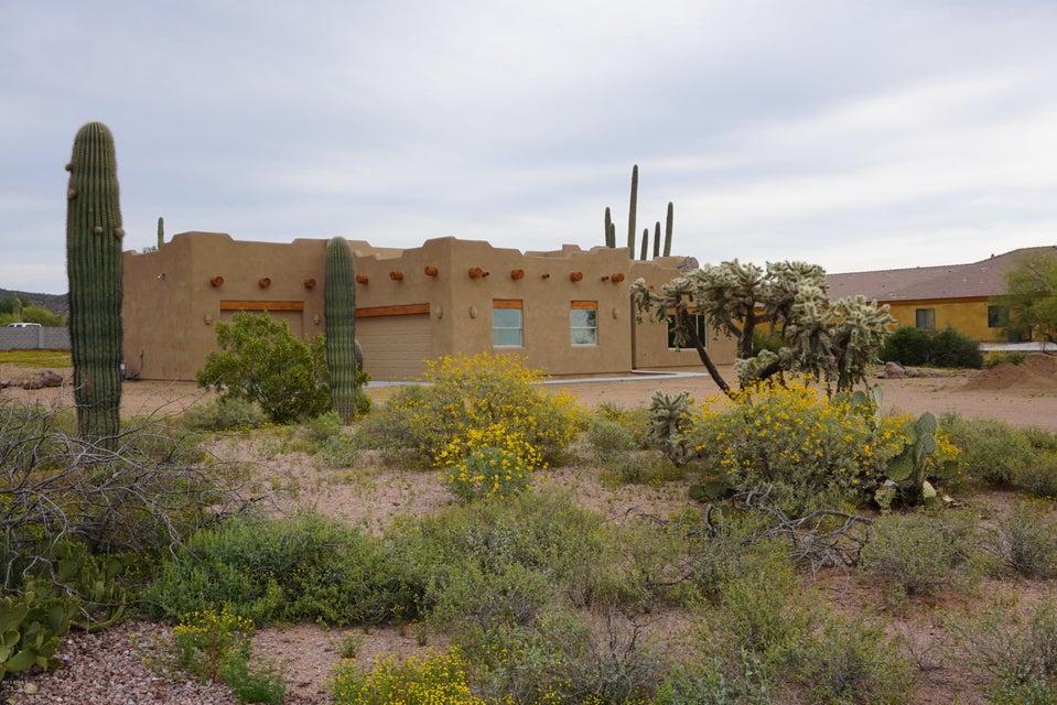 1240 E MCKELLIPS Boulevard, Apache Junction, AZ 85119