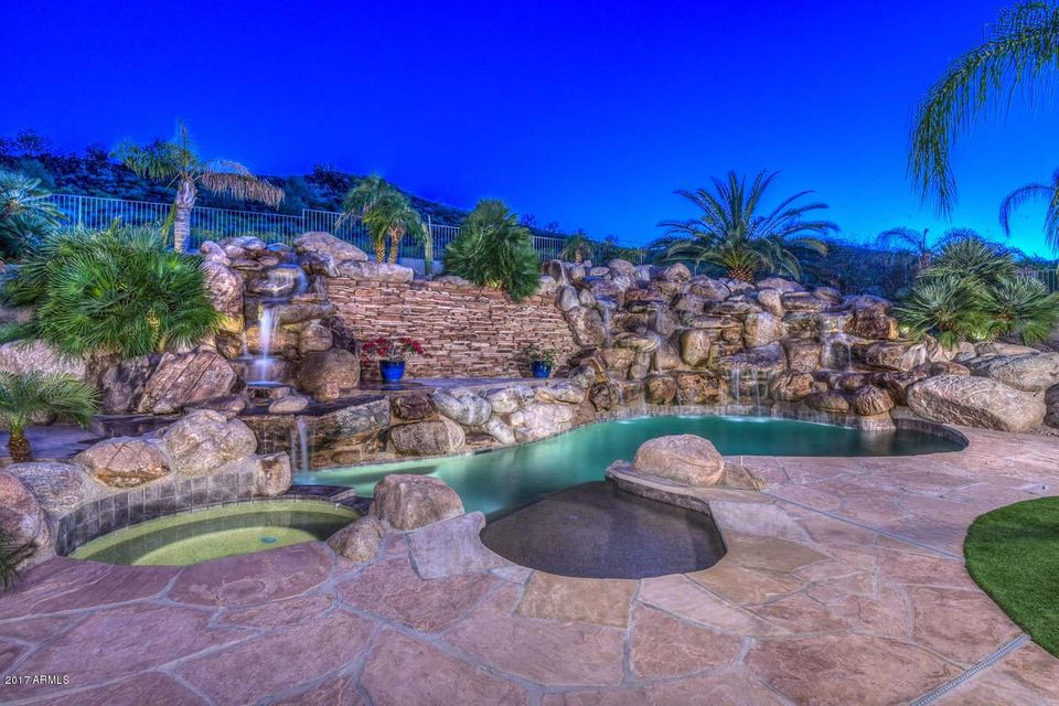 5713 W PINNACLE HILL Drive, Glendale, AZ 85310