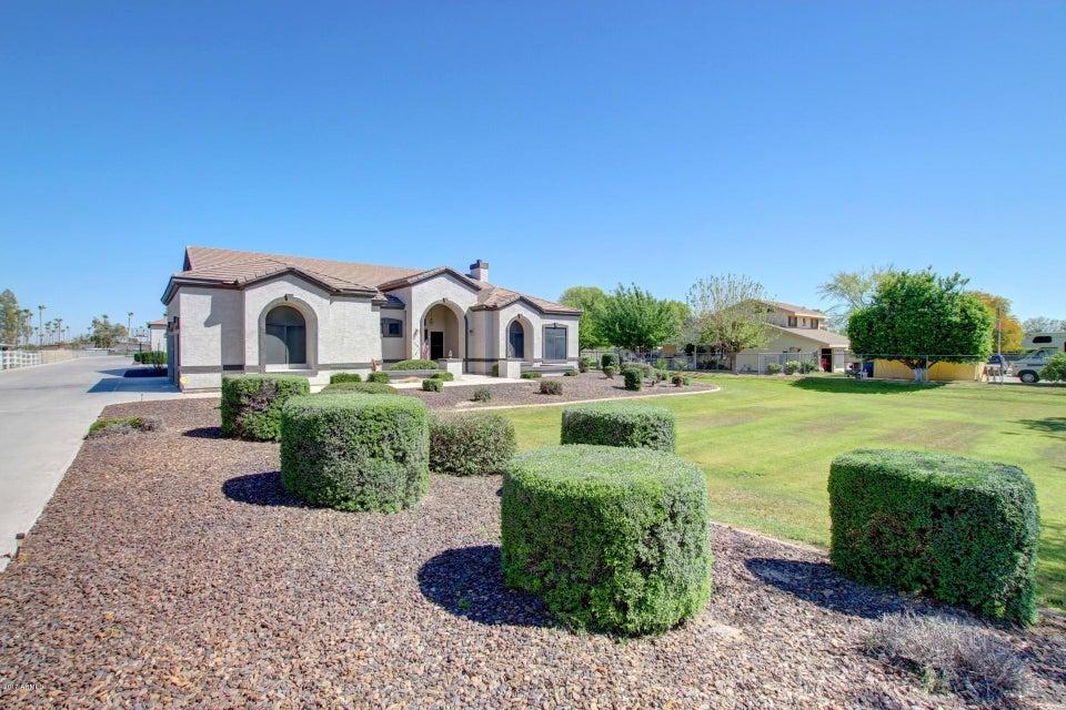 7226 N PERRYVILLE Road, Waddell, AZ 85355