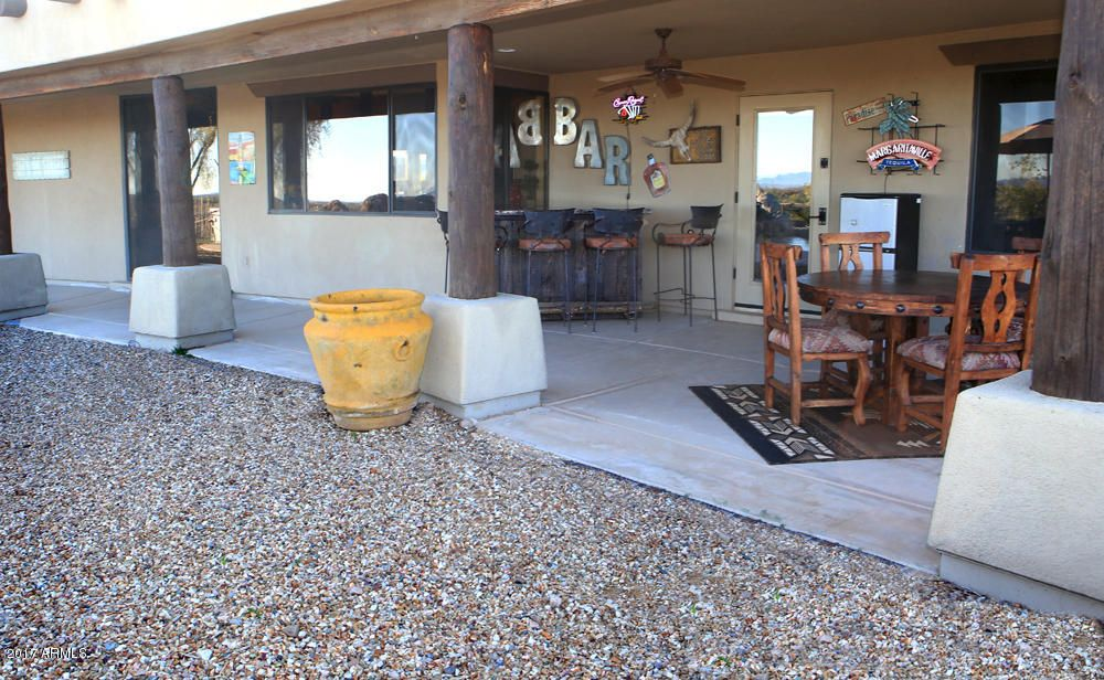 44049 N SAGUARO BLOSSOM Lane, Morristown, AZ 85342