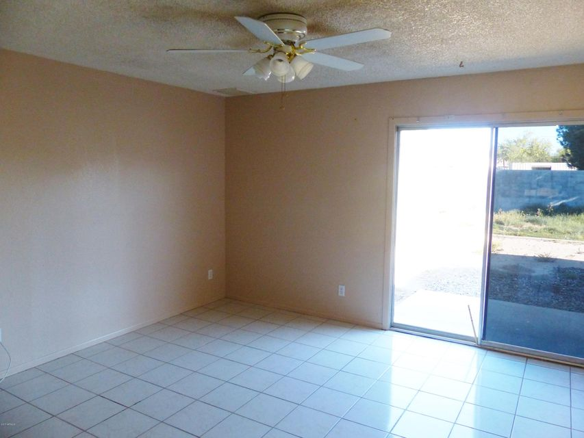 MLS 5587079 1632 W UTOPIA Road, Phoenix, AZ 85027 Phoenix AZ REO Bank Owned Foreclosure