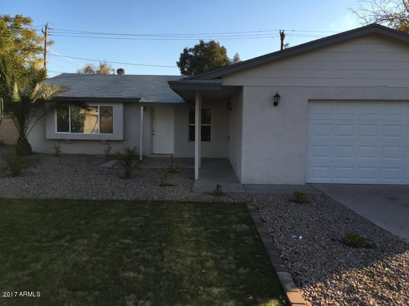 751 E LOYOLA Drive, Tempe, AZ 85282