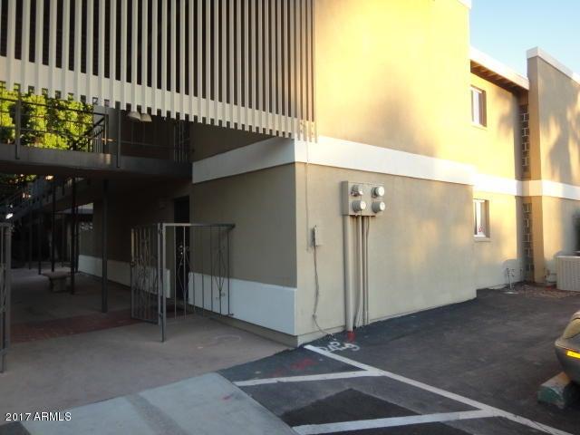 2233 E HIGHLAND Avenue 111, Phoenix, AZ 85016