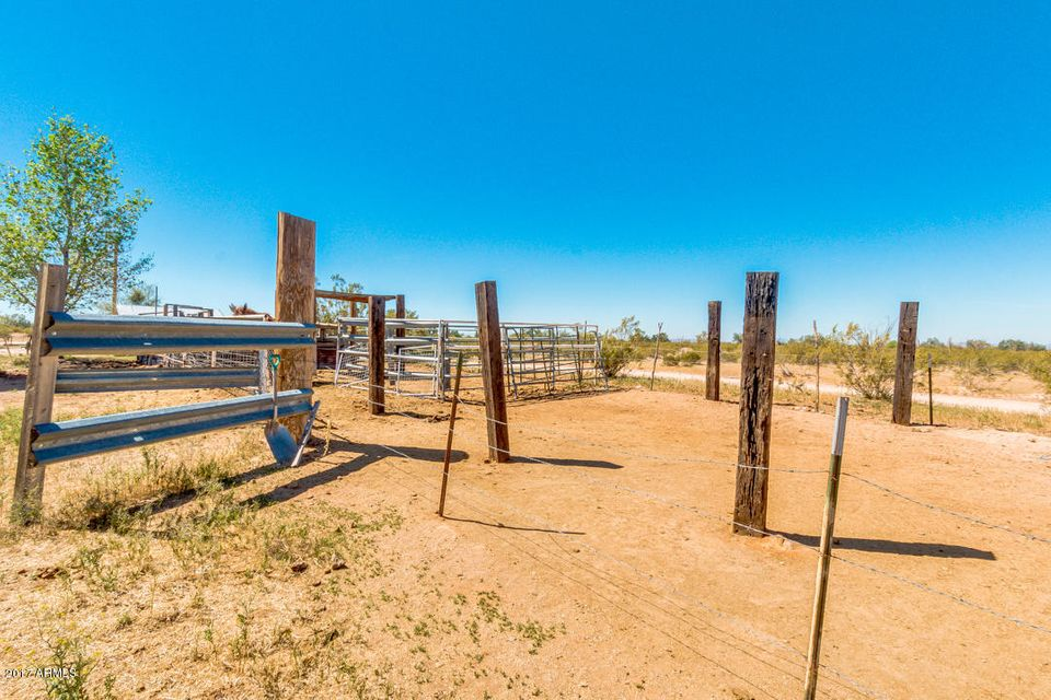 MLS 5582995 11609 N QUAIL RUN Road, Florence, AZ Florence Horse Property for Sale