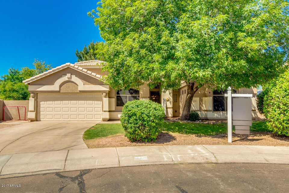 1332 N BRONCO Court, Gilbert, AZ 85233