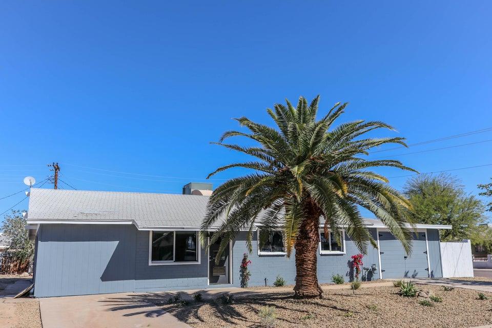 8102 W INDIANOLA Avenue, Phoenix, AZ 85033