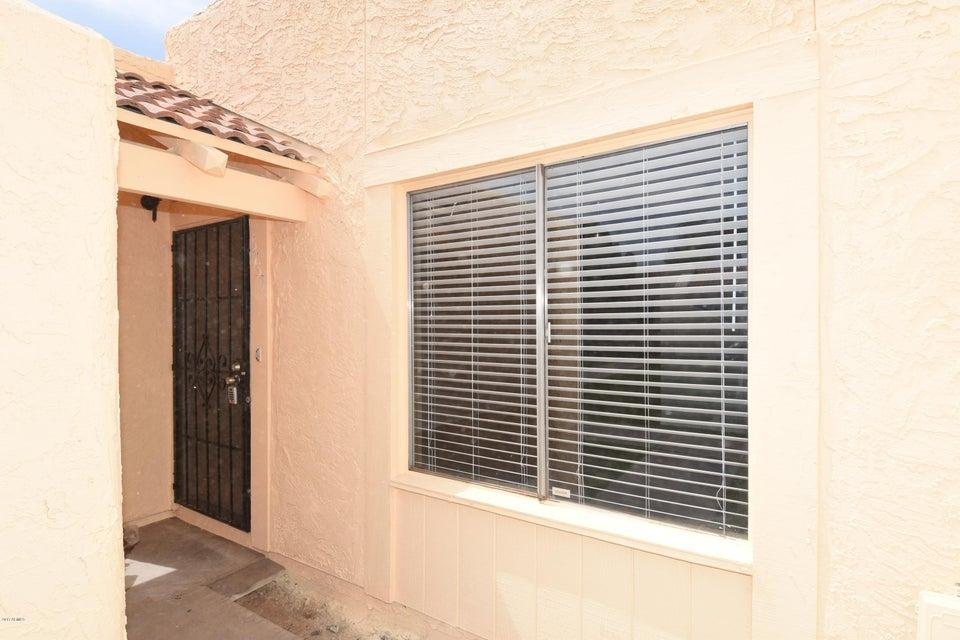 5739 N 43RD Lane, Glendale, AZ 85301