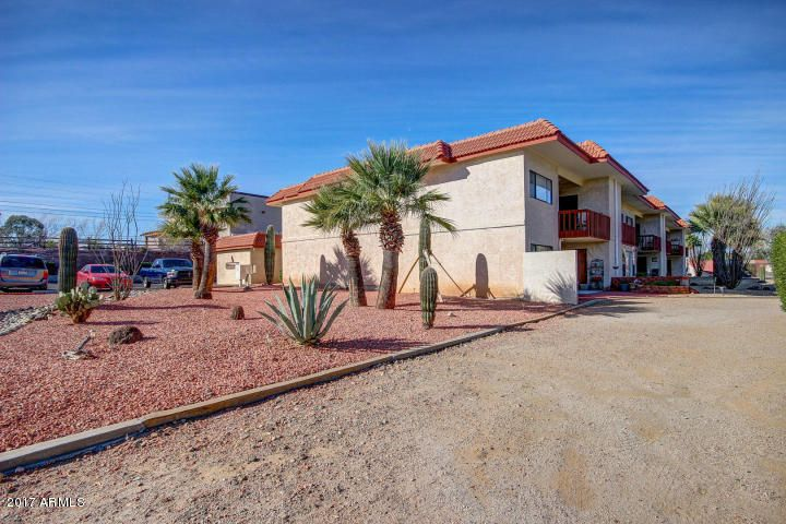 100 N VULTURE MINE Road 105, Wickenburg, AZ 85390