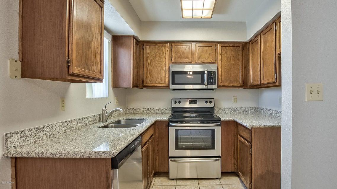 2220 W DORA Street 223, Mesa, AZ 85201