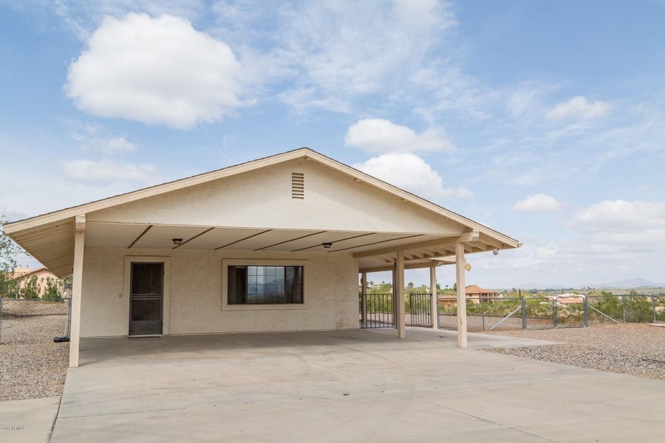 225 W TURTLEBACK Lane, Wickenburg, AZ 85390