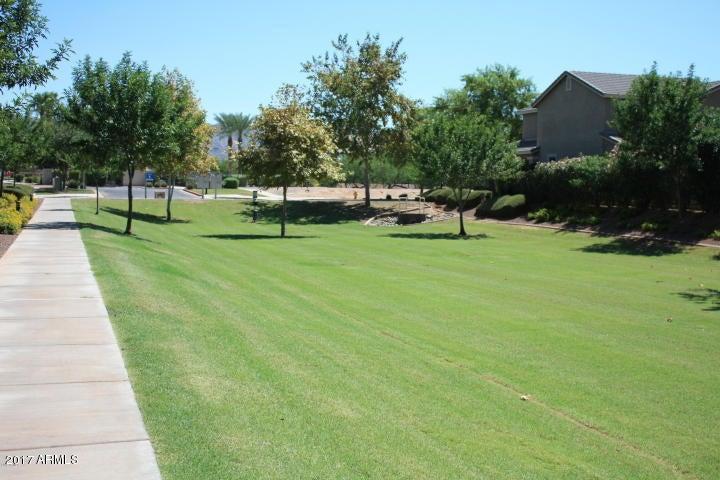 MLS 5584667 2324 E WAYLAND Drive, Phoenix, AZ 85040 Phoenix AZ Copper Leaf