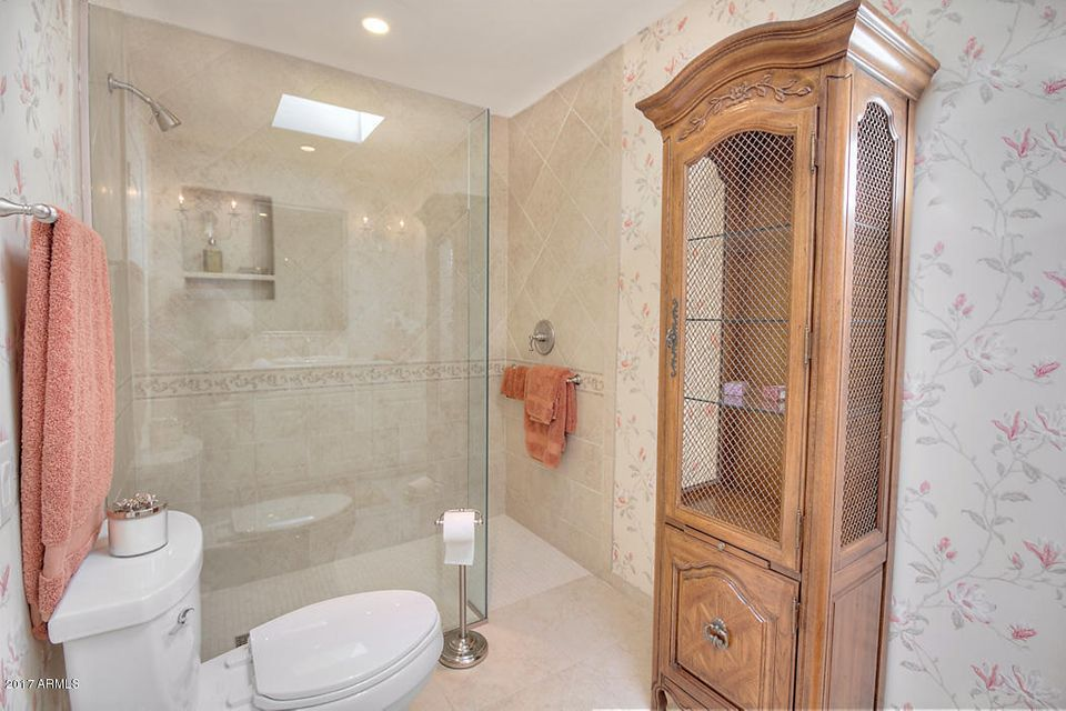 Additional photo for property listing at 5769 N 25th Place  Phoenix, Arizona,85016 United States