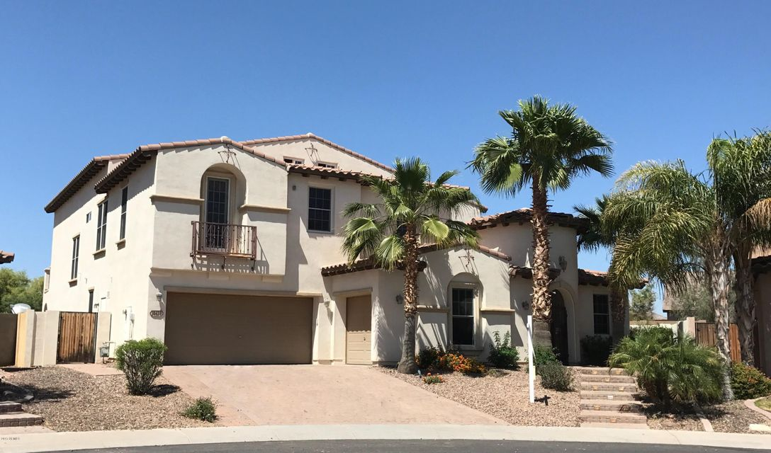 18428 W ONYX Avenue, Waddell, AZ 85355