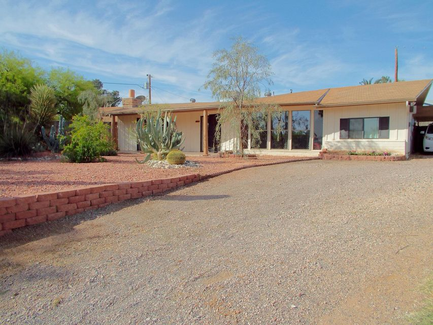 1781 PAPAGO Place, Wickenburg, AZ 85390