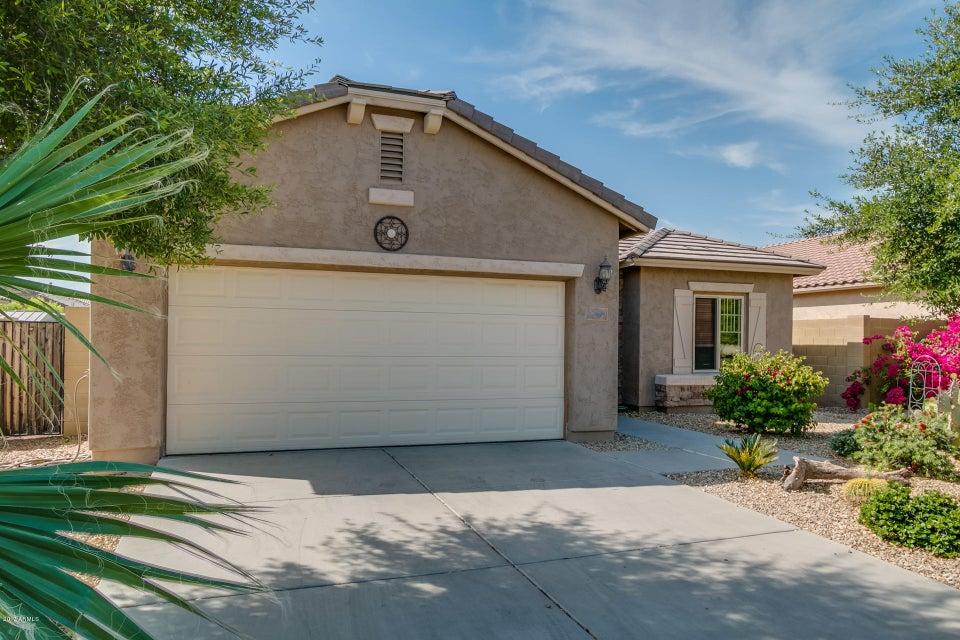 17949 W LAWRENCE Lane, Waddell, AZ 85355