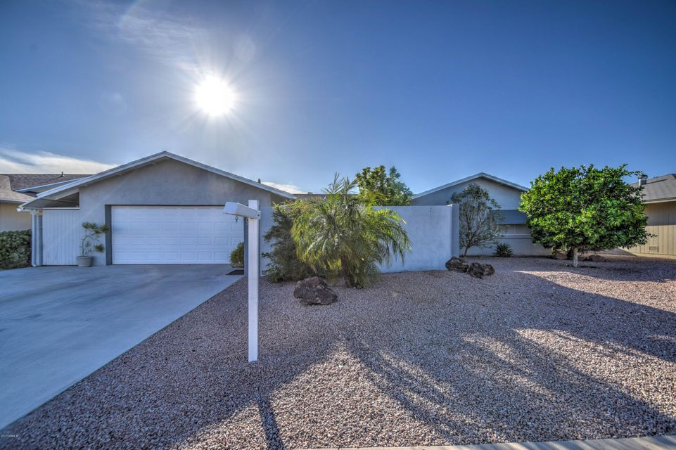 19434 N WILLOW CREEK Circle, Sun City, AZ 85373