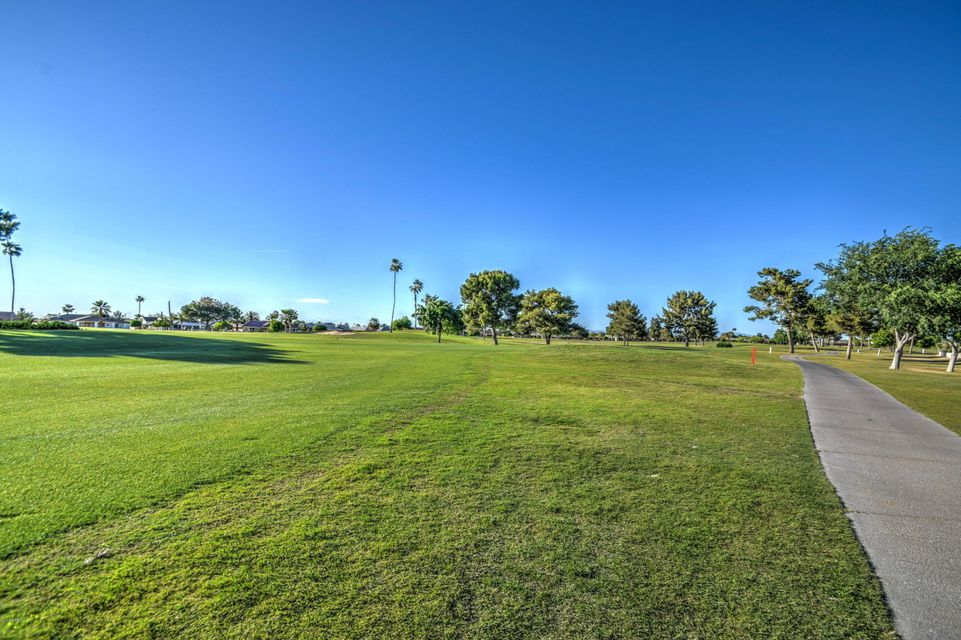 MLS 5582020 19434 N WILLOW CREEK Circle, Sun City, AZ 85373 Sun City AZ Golf