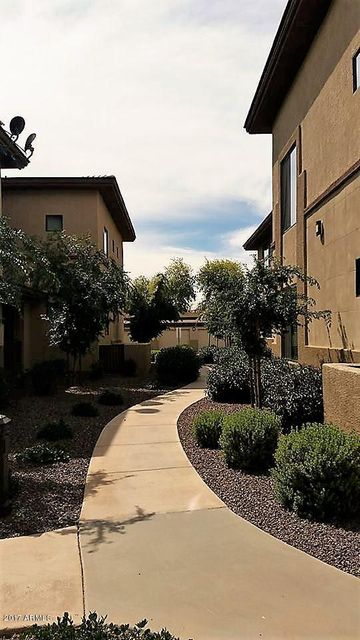 MLS 5585598 3330 S GILBERT Road Unit 2016, Chandler, AZ Chandler AZ Gated