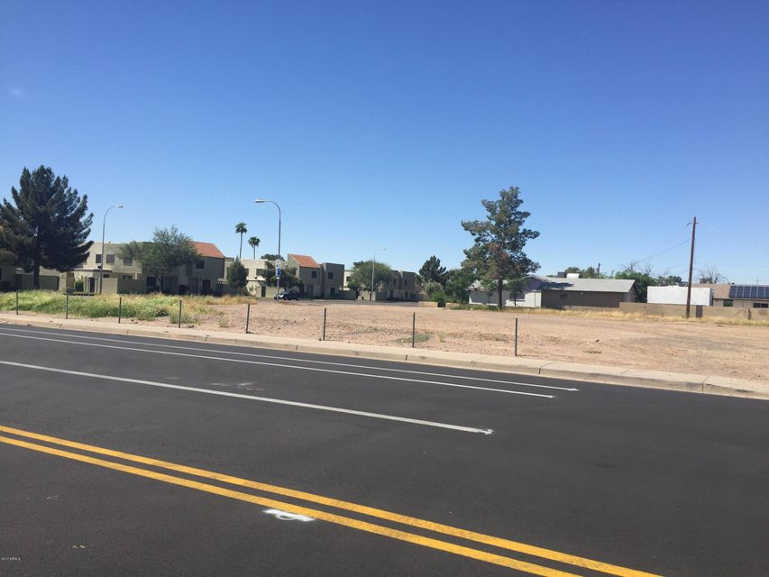 4702 W Bethany Home Road, Glendale, AZ 85301