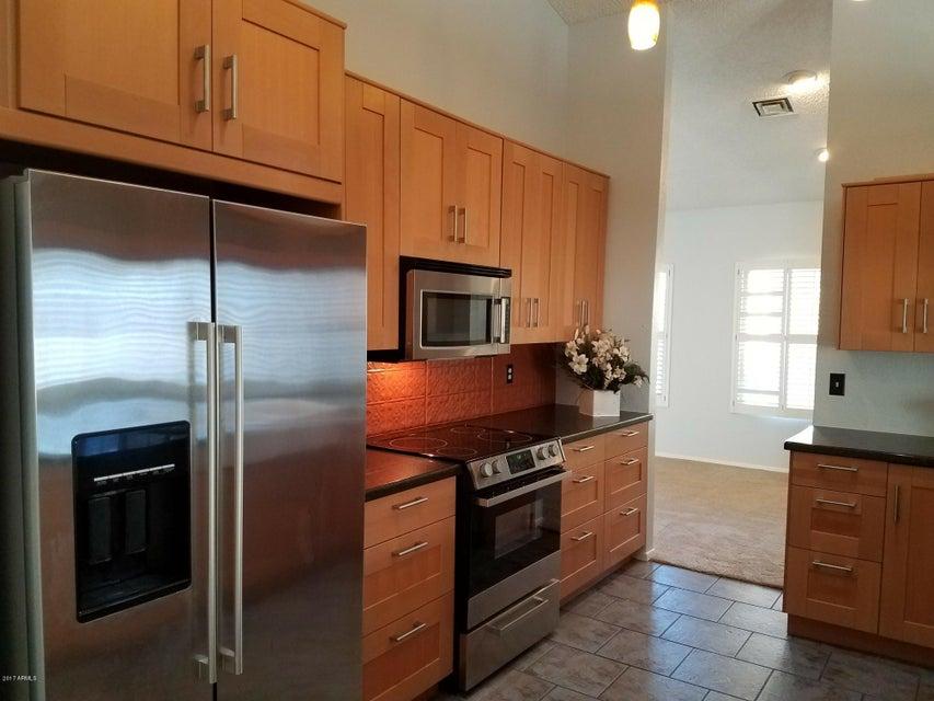 13205 S 37th Place, Phoenix, AZ 85044