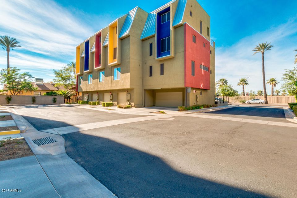 520 E AMES Place, Phoenix, AZ 85004
