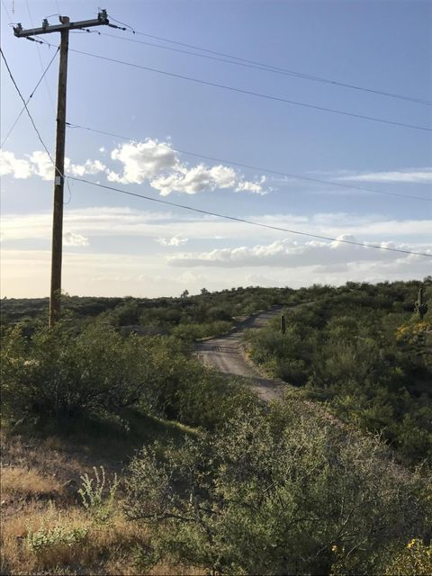 31910 W Bralliar Road, Wickenburg, AZ 85390