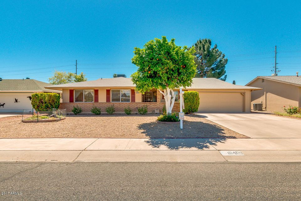 10409 W CARON Drive, Sun City, AZ 85351
