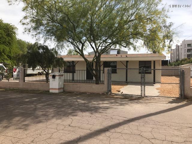 1119 S STRATTON Lane, Tempe, AZ 85281