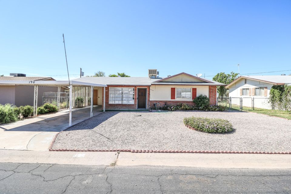 190 PERETZ Circle, Morristown, AZ 85342
