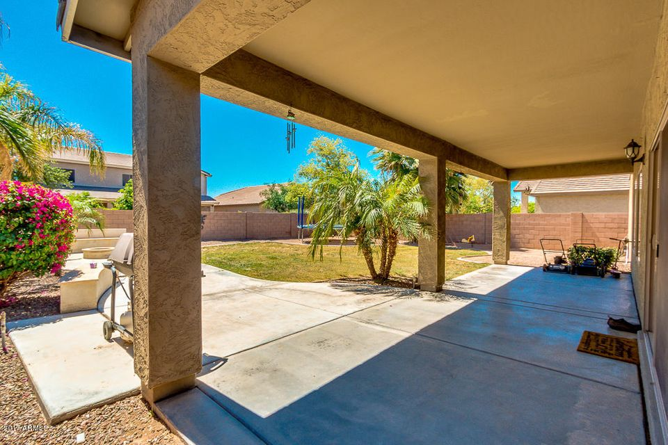MLS 5587288 44239 W COPPER Trail, Maricopa, AZ Maricopa AZ Cobblestone Farms