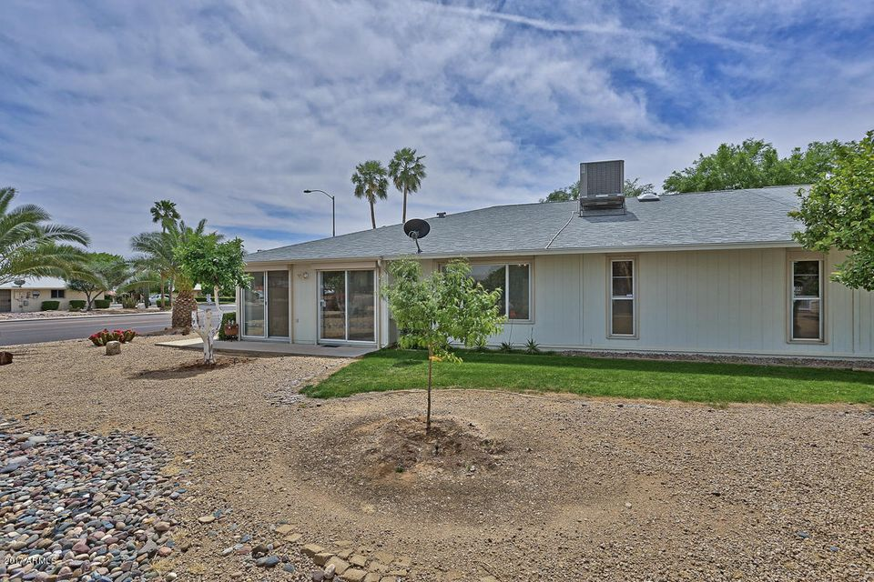 MLS 5587813 12802 W MAPLEWOOD Drive, Sun City West, AZ Sun City West AZ Luxury
