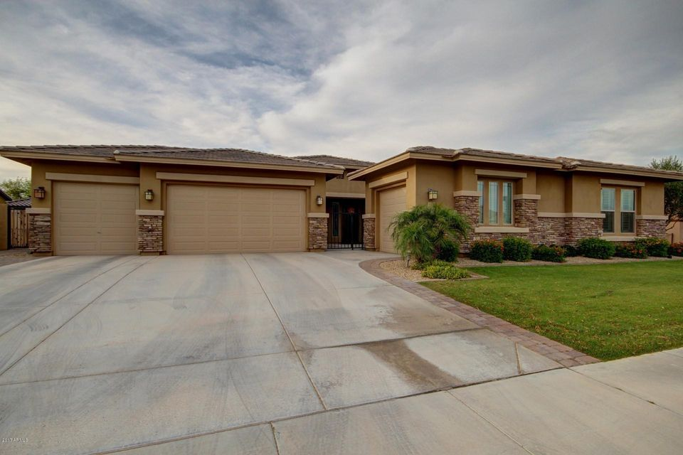 15932 W ASHLAND Avenue, Goodyear, AZ 85395