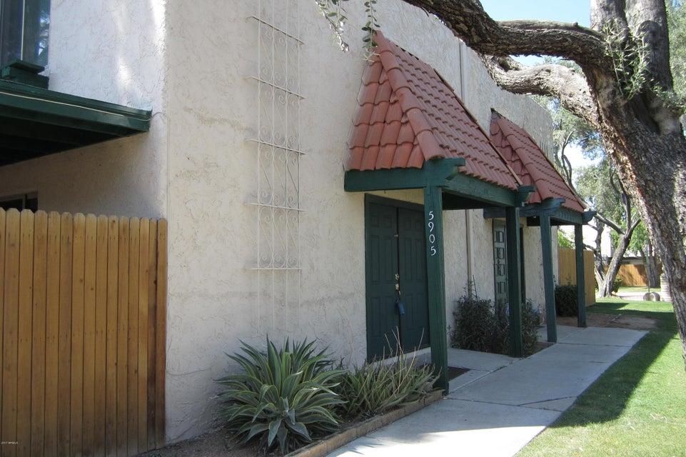 5905 W GOLDEN Lane, Glendale, AZ 85302