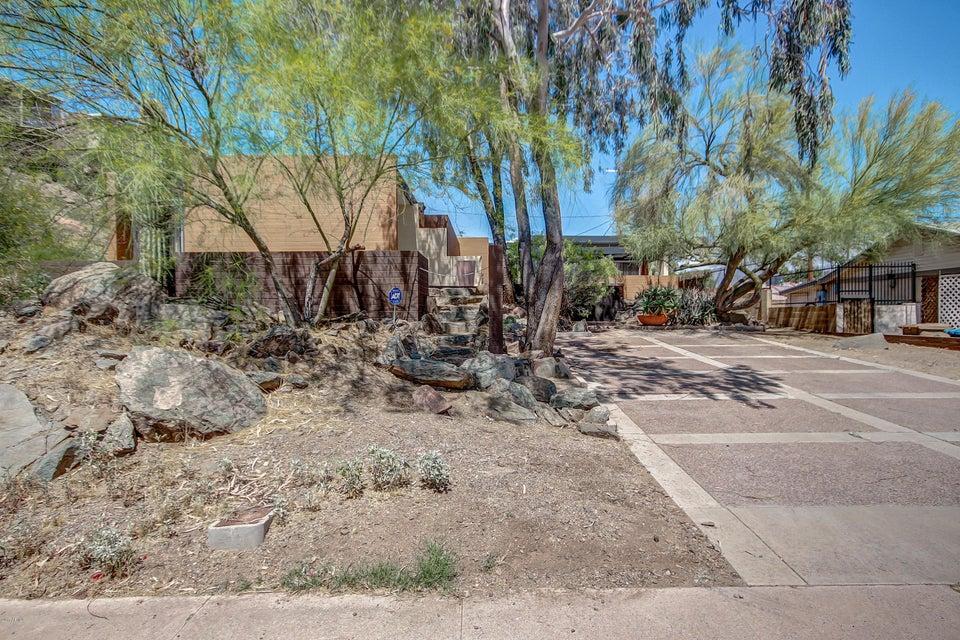 1118 E El Caminito Drive, Phoenix, AZ 85020