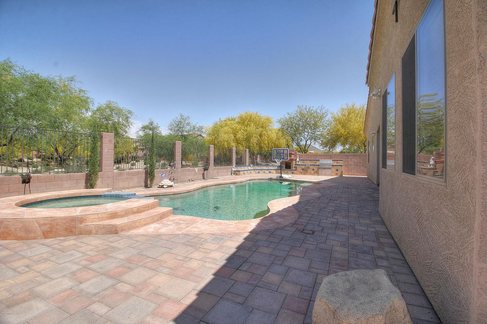 MLS 5588071 2328 W ANDREA Drive, Phoenix, AZ 85085 Phoenix AZ Valley Vista