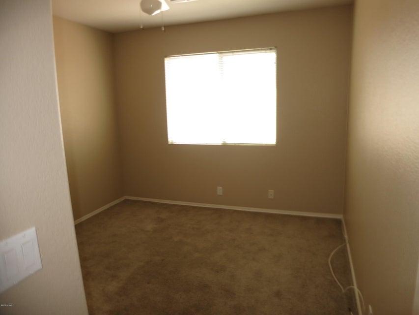 MLS 5589021 1239 S CARDINAL Street, Gilbert, AZ Gilbert AZ Greenfield Lakes