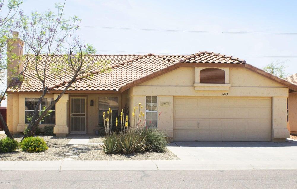 1613 E WINDSONG Drive, Phoenix, AZ 85048